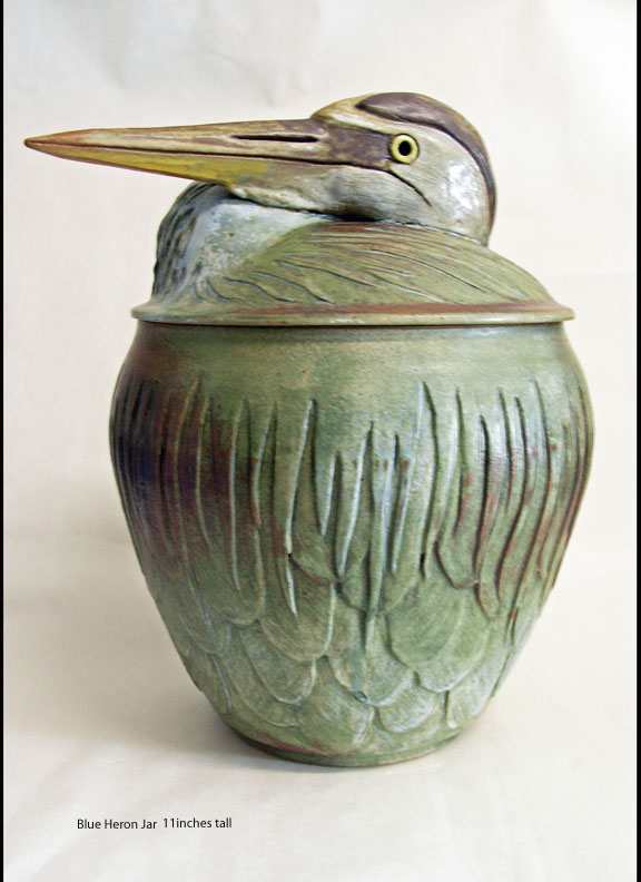 Picture of a heron jar.